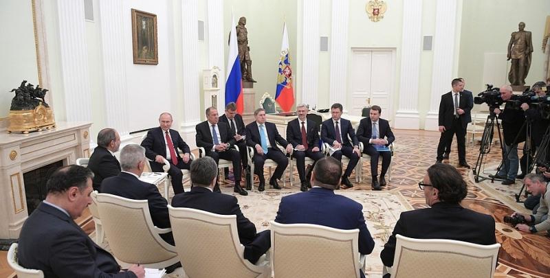 Пойдетли Путин навстречу Пашиняну— Вопросы энергетики