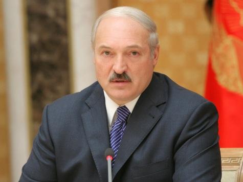 Бацька-дипломат: Лукашенко пообещал защищать РФ назападном «фронте»