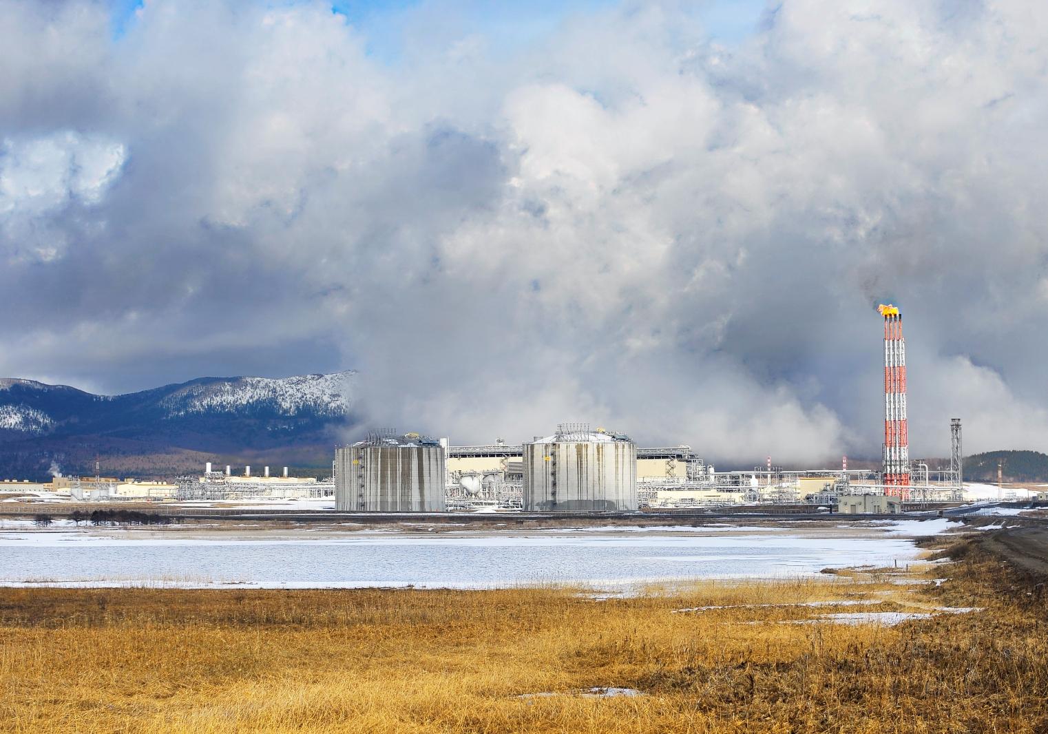 Газпром принял инвестрешение по строительству завода СПГ в Усть-Луге