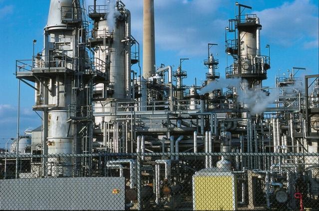 Изнефтепровода Одесса-Кременчук выкачают российскую нефть, чтобы закачать азербайджанскую