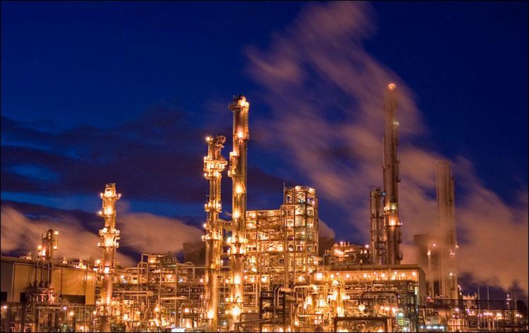 Комплекс глубокой переработки нефти вОмске будет строить китайский подрядчик