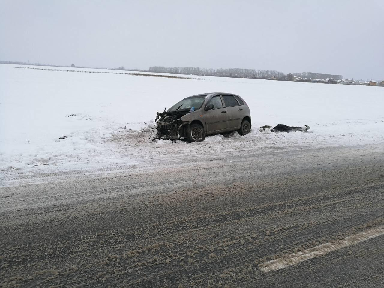 18-летняя автоледи въехала в БМВ наСтаротобольском тракте