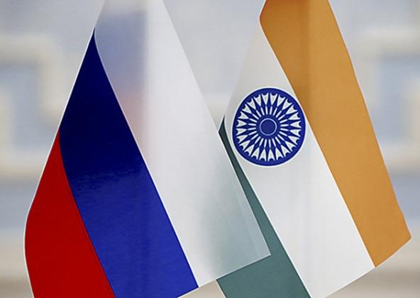 «Роснефть» иUCP планируют приобрести индийскую Essar Oil