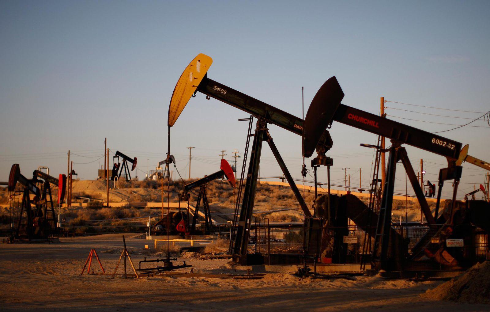 Переговоры поограничению добычи нефти вновь сорваны