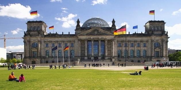 ВБундестаге призвали Германию выйти изСеверного потока-2