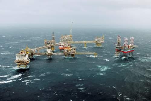 «Газпром» предложил китайской компании добывать нефть нашельфеРФ