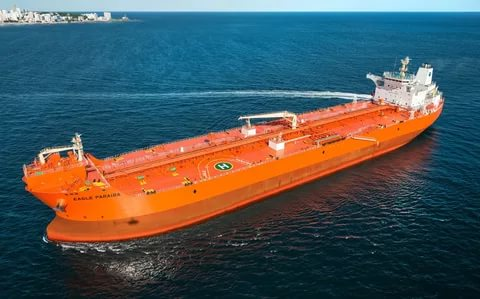 Структура Роснефти иЗвезда договорились остроительстве 10 арктических танкеров