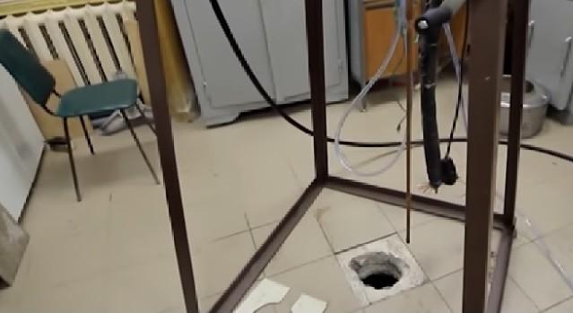 Вподвале уфимского университета обнаружилась нефть