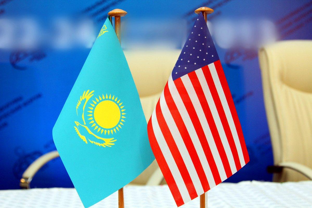 Казахстан высоко ценит политическую поддержку США исчитает себя ихдругом— Назарбаев