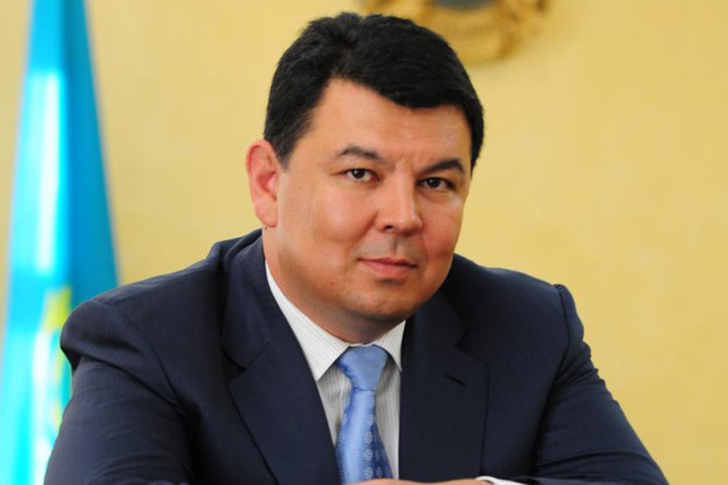 Министр: Создадут рабочую группу потранспортировке энергоресурсов Казахстана через территорию Азербайджана