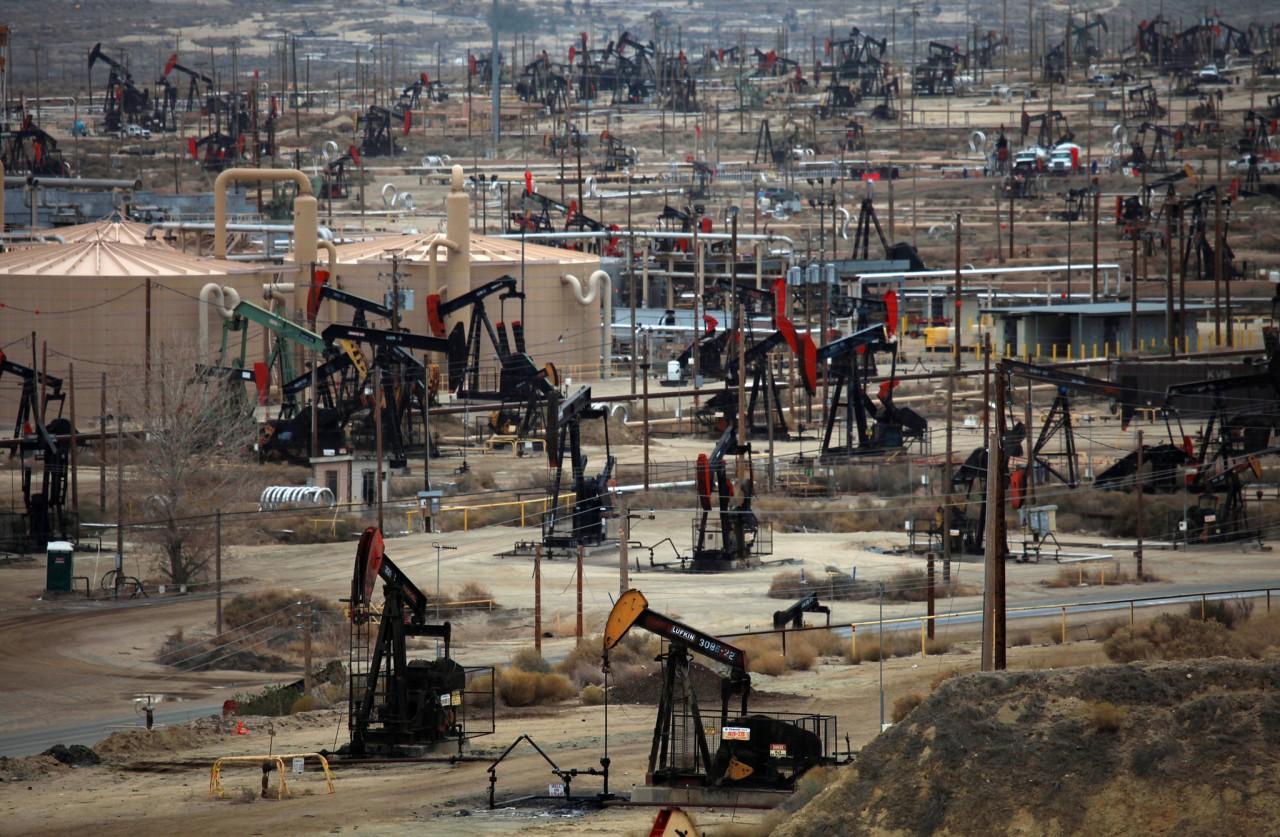 Эксперты предсказали падение цен нанефть из-за возвращения «сланца»