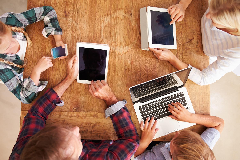 Работа онлайн нижневартовск работа для девушки 17 лет красноярск